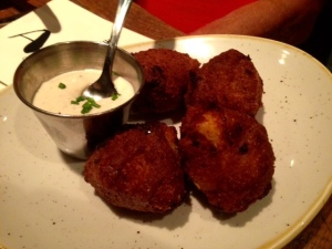 Alley-Cat-hush-puppies