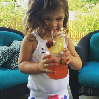 portable picnic kids lemonade